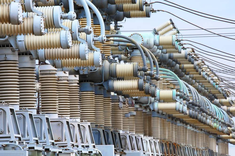 Comparison of Dry Type Transformers and Oil Filled Transformers
